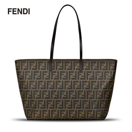 Fendi FF LOGO Roll Bag MD 单肩包