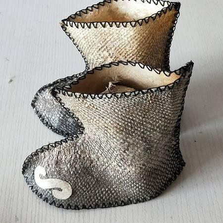 赫哲族传统手工艺品鱼皮靴,1对/份,全国包邮(新疆青海西藏除外)