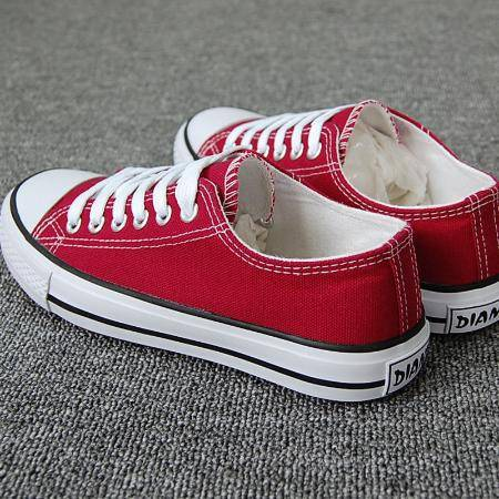 帆布鞋女学生韩版休闲平底板鞋子原宿ins网红新款布鞋百搭加绒冬